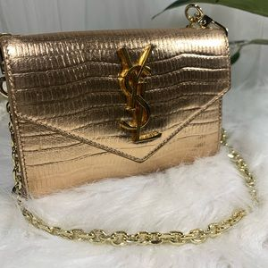 Authenticated YSL Mini Wallet on Chain